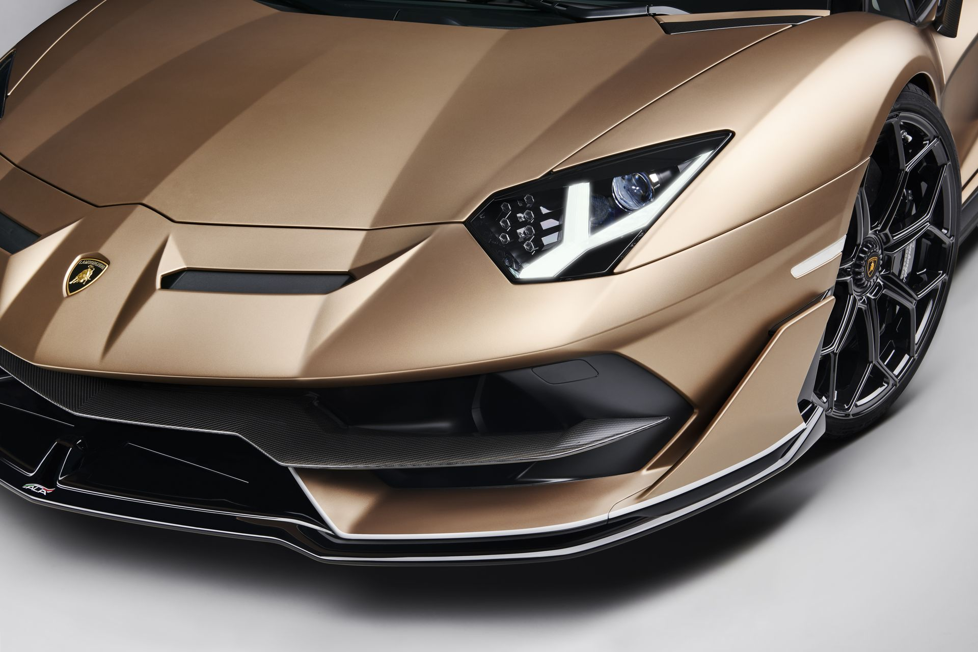 Lamborghini Aventador Svj Roadster 32