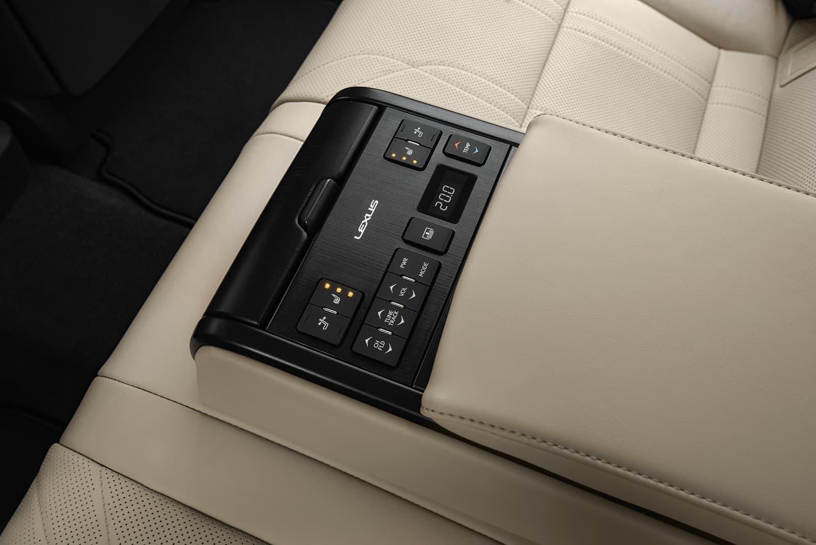 Lexus Es 300h 0319 001