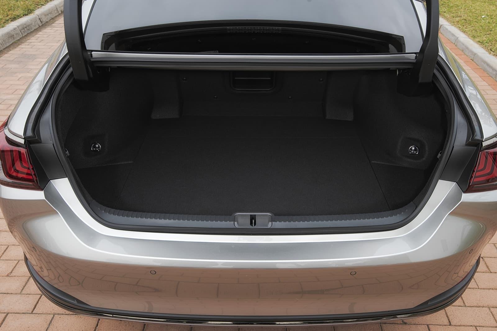 Lexus Es 300h 0319 006