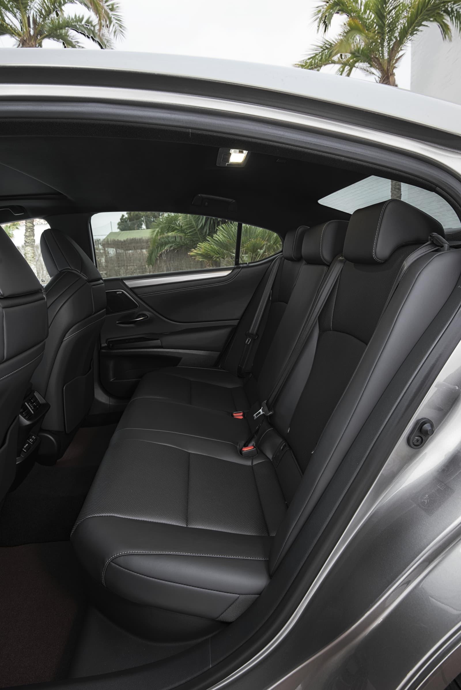 Lexus Es 300h 0319 007