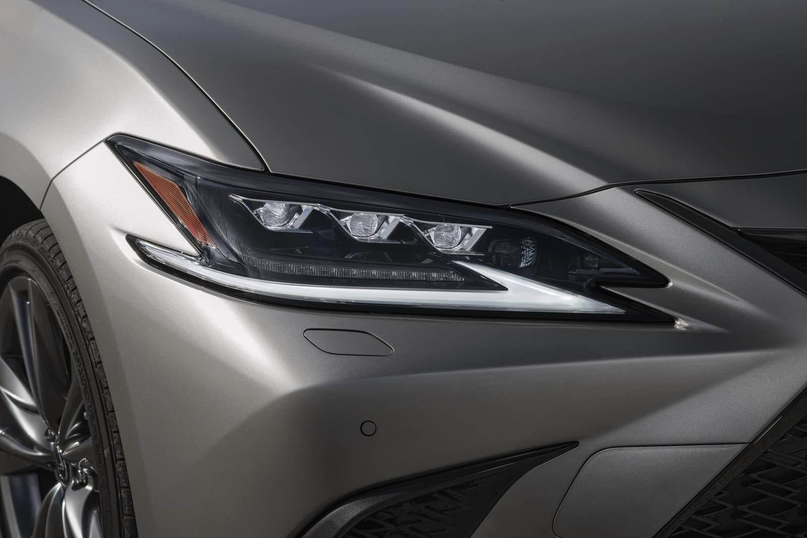 Lexus Es 300h 0319 012