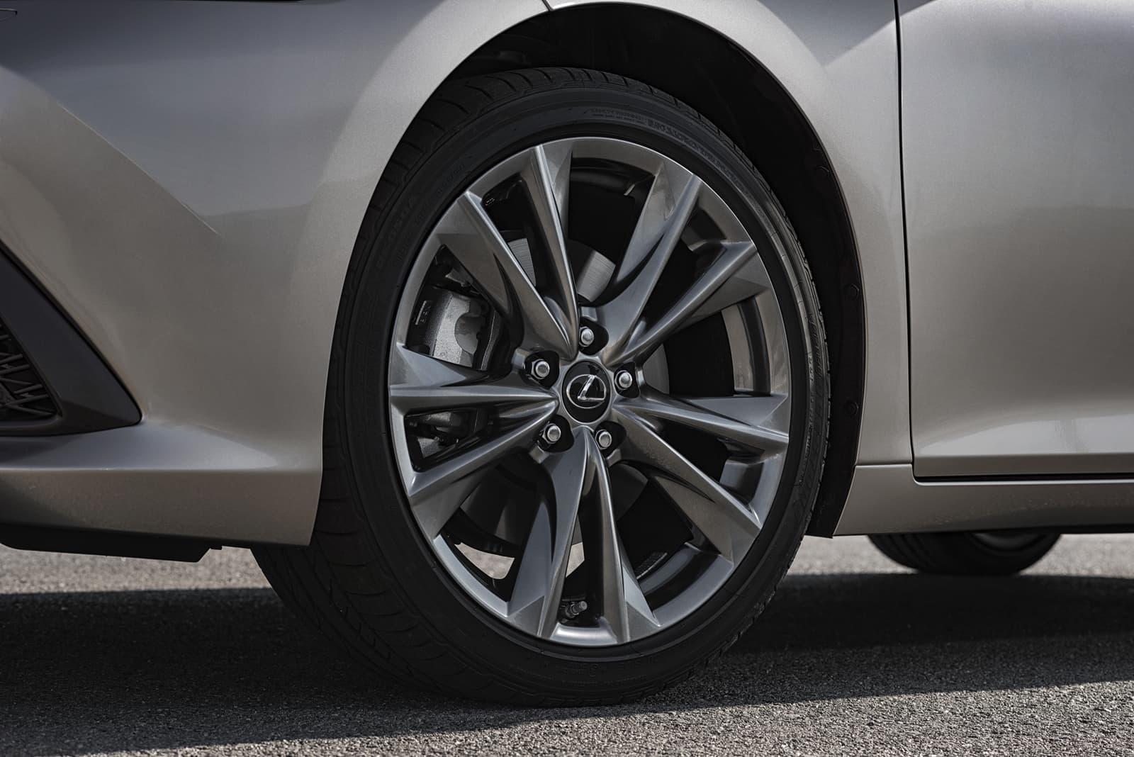 Lexus Es 300h 0319 013