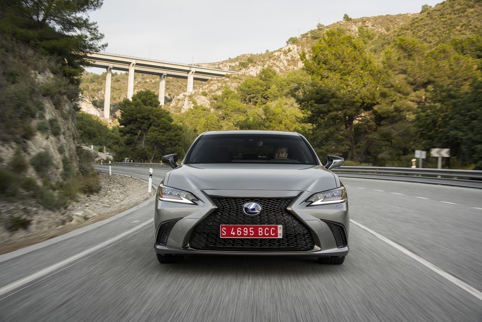 Lexus Es 300h 0319 025
