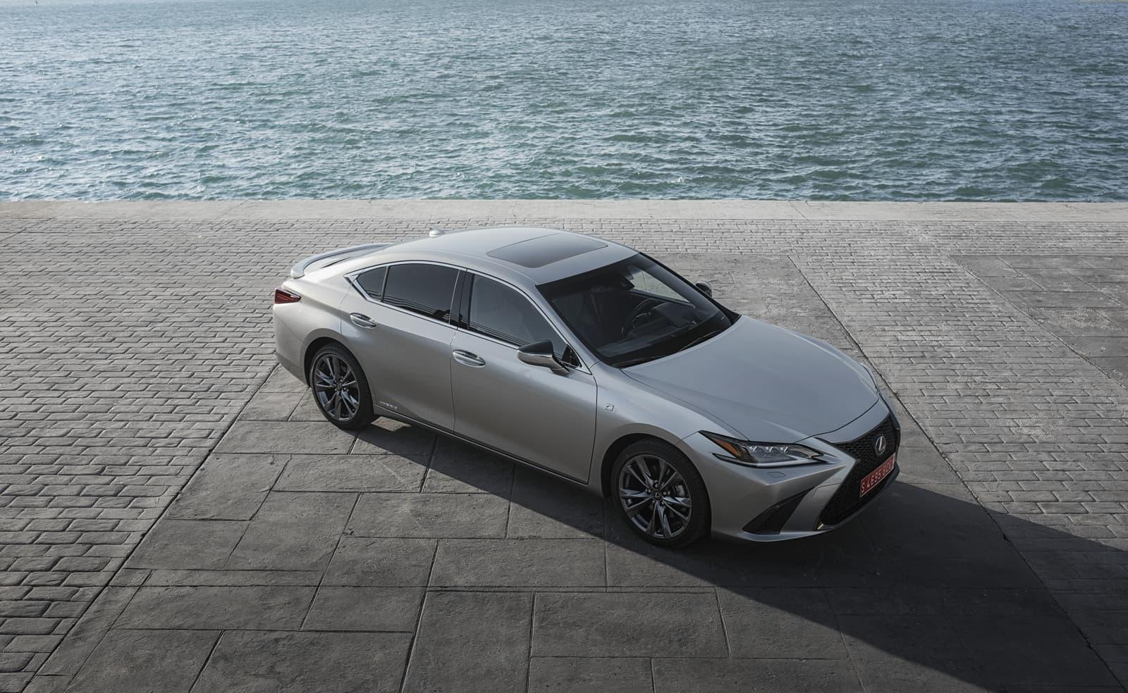 Lexus Es 300h 0319 041