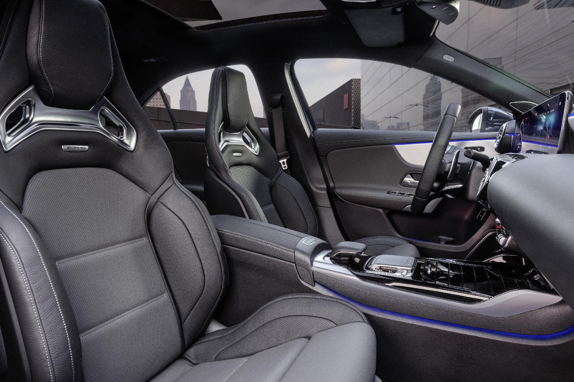 Mercedes Amg A35 Sedan 19c0171 067