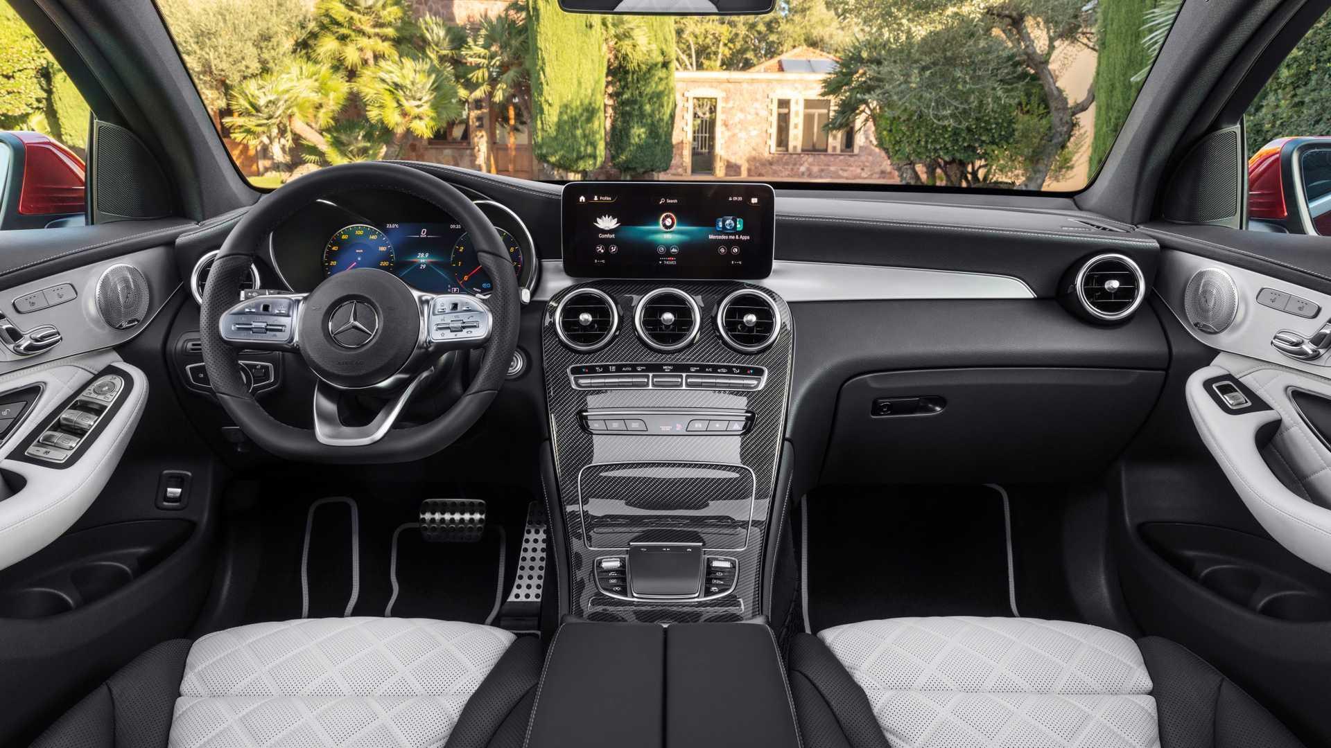 Mercedes Glc Coupe 2019 Interior 04
