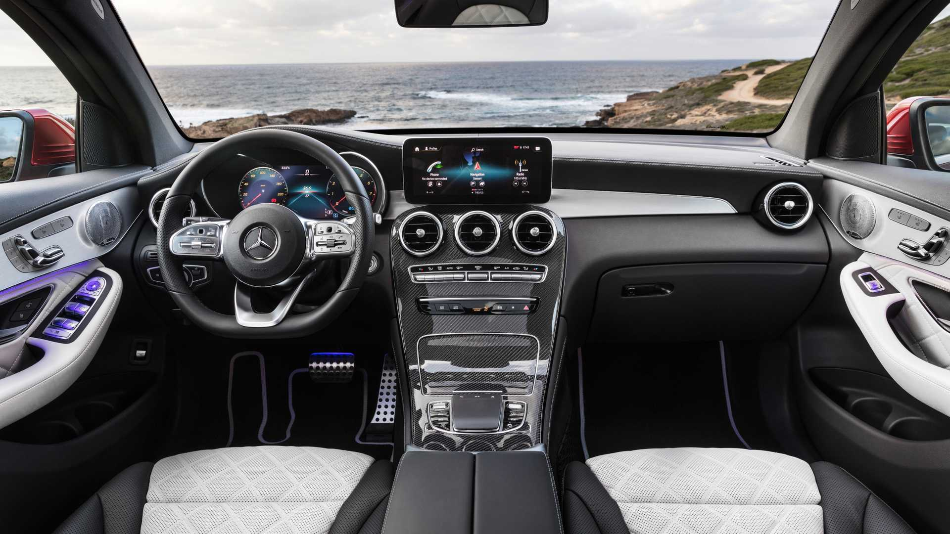 Mercedes Glc Coupe 2019 Interior 05
