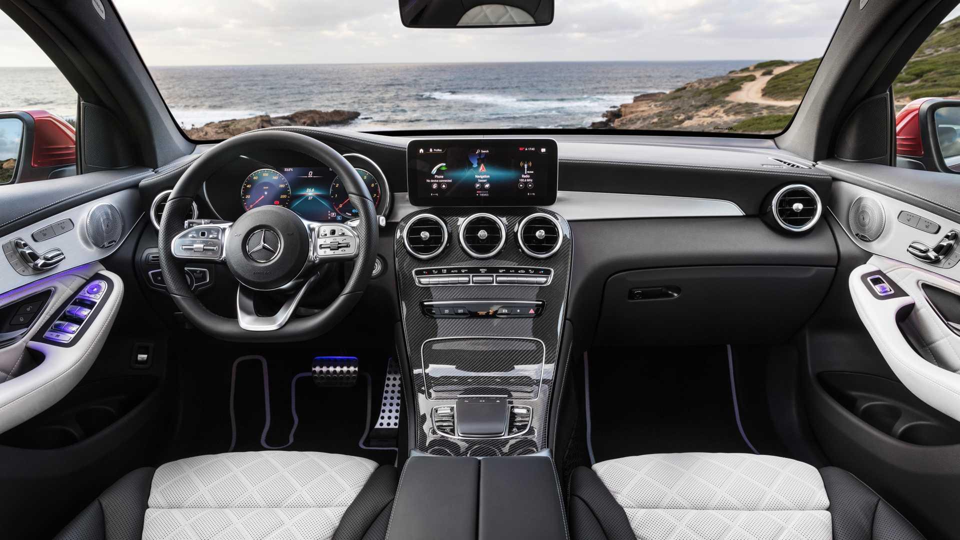 Mercedes Glc Coupe 2019 Interior 05