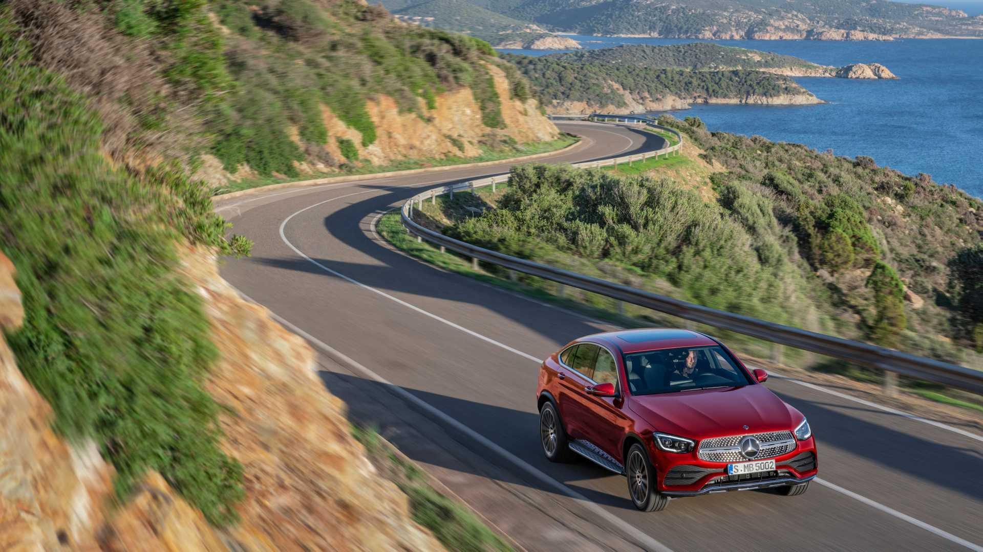 Mercedes Glc Coupe 2019 Rojo 012