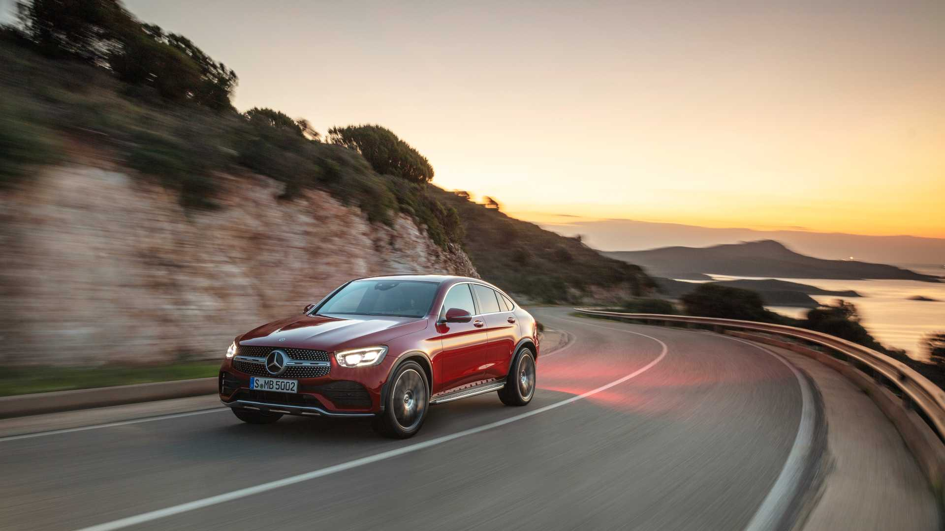 Mercedes Glc Coupe 2019 Rojo 09
