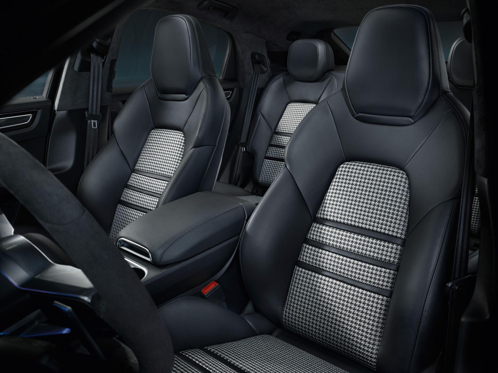 Porsche Cayenne Coupe 2 Interior