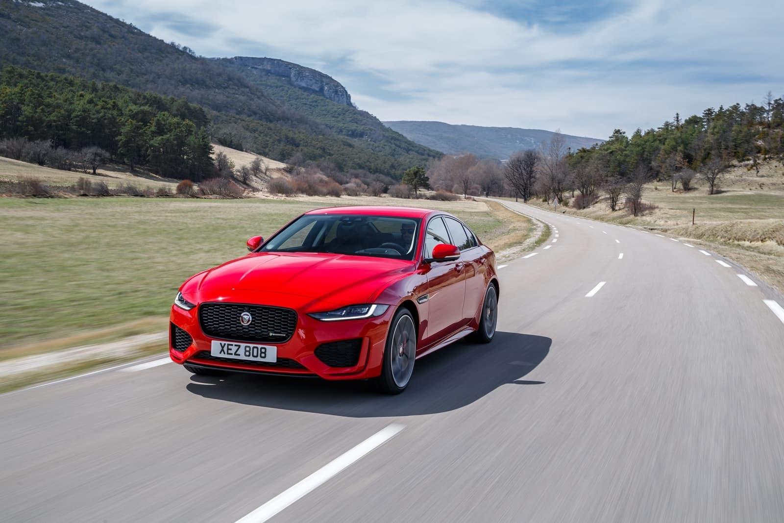 Jaguar Xe 2020 0419 001
