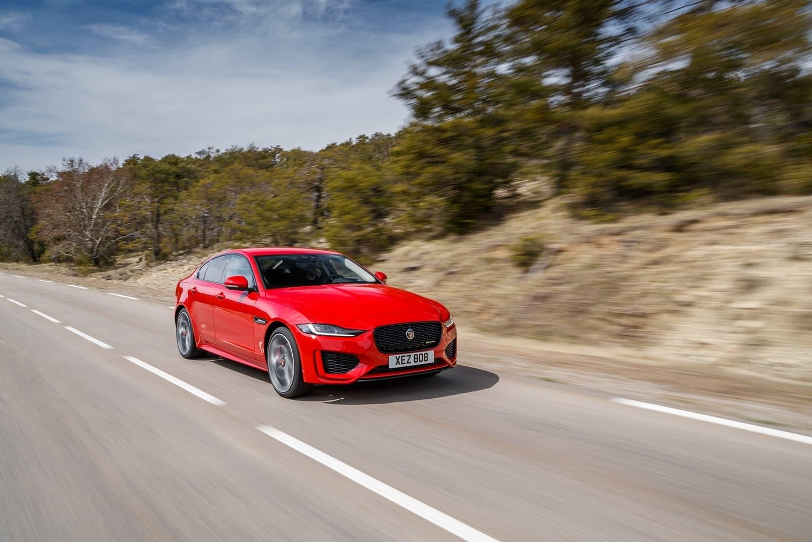 Jaguar Xe 2020 0419 007