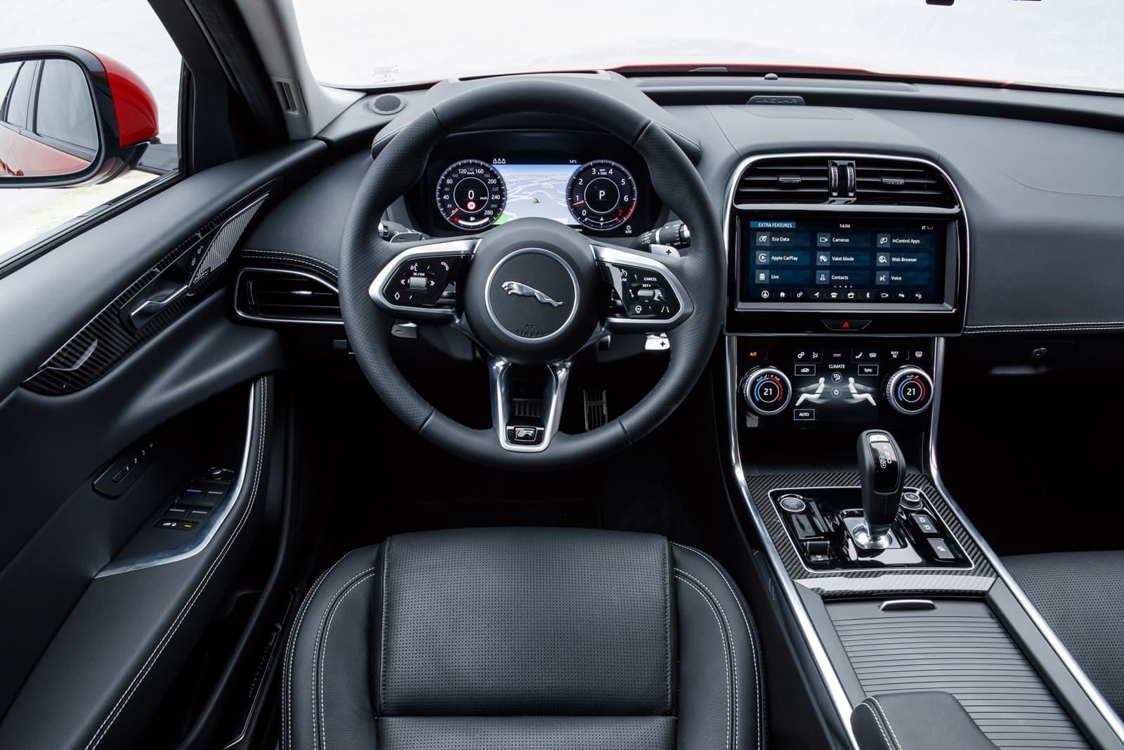 Jaguar Xe 2020 0419 031