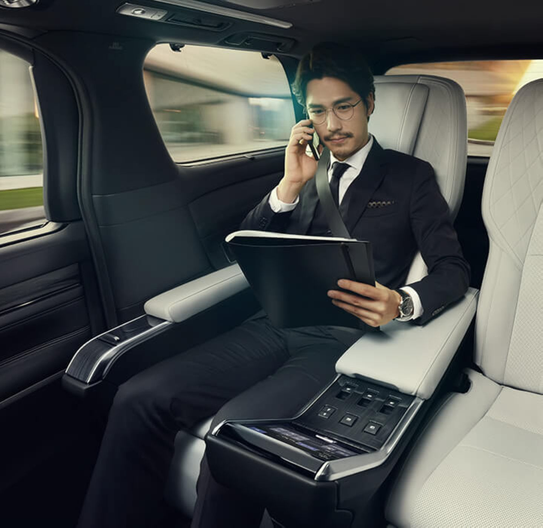Lexus Lm 2019 8
