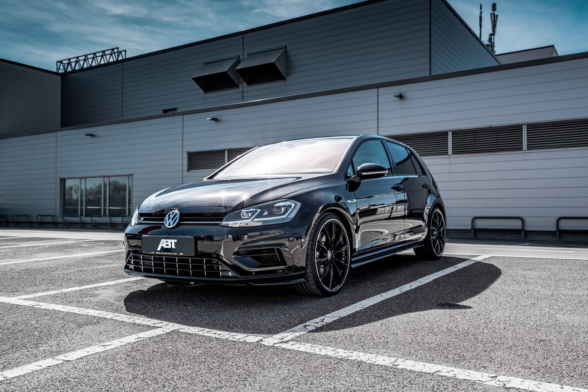 ABT lleva el Volkswagen Golf R VII hasta 355 HP