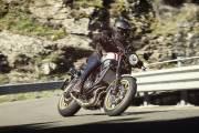 2019 Yamaha Xs700scr Eu Tech Black Action 002 03 thumbnail