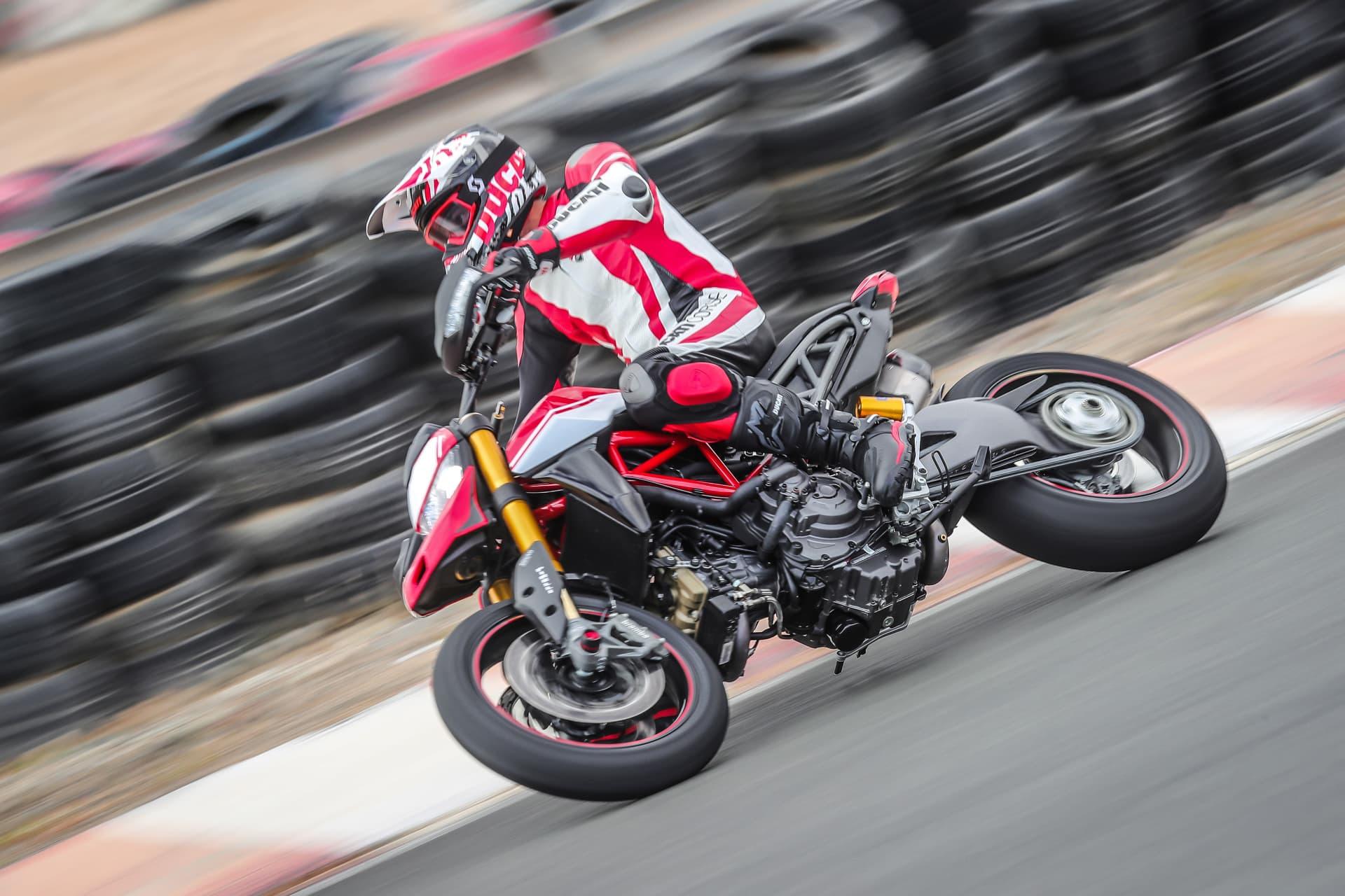 Ducati Hypermotard 950 Sp Performance 12 Uc70341 Mid