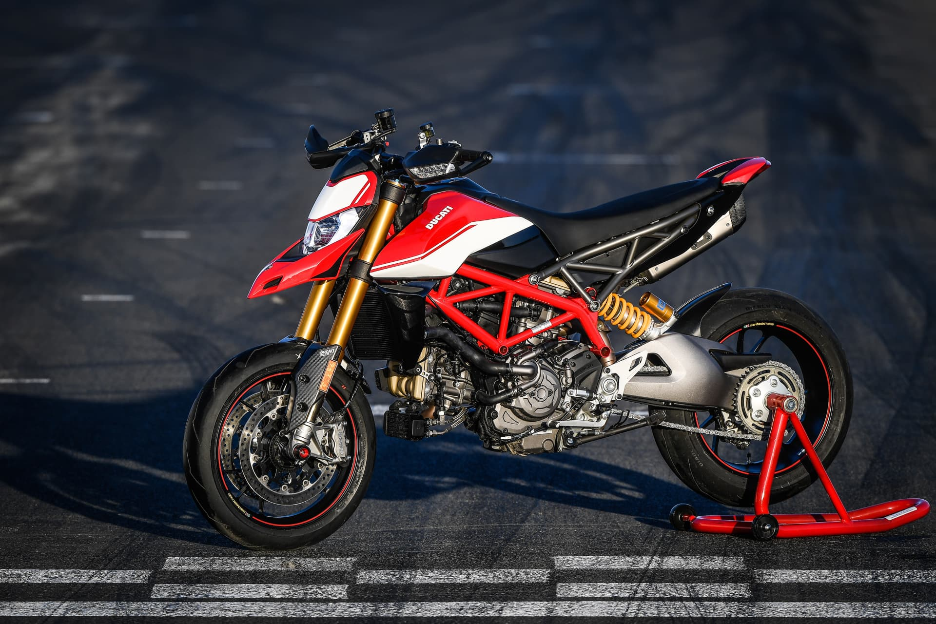 Ducati Hypermotard 950 Sp Static 12 Uc70313 Mid