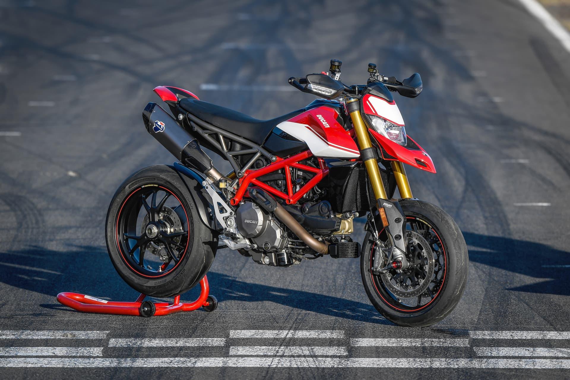 Ducati Hypermotard 950 Sp Static 17 Uc70317 Mid
