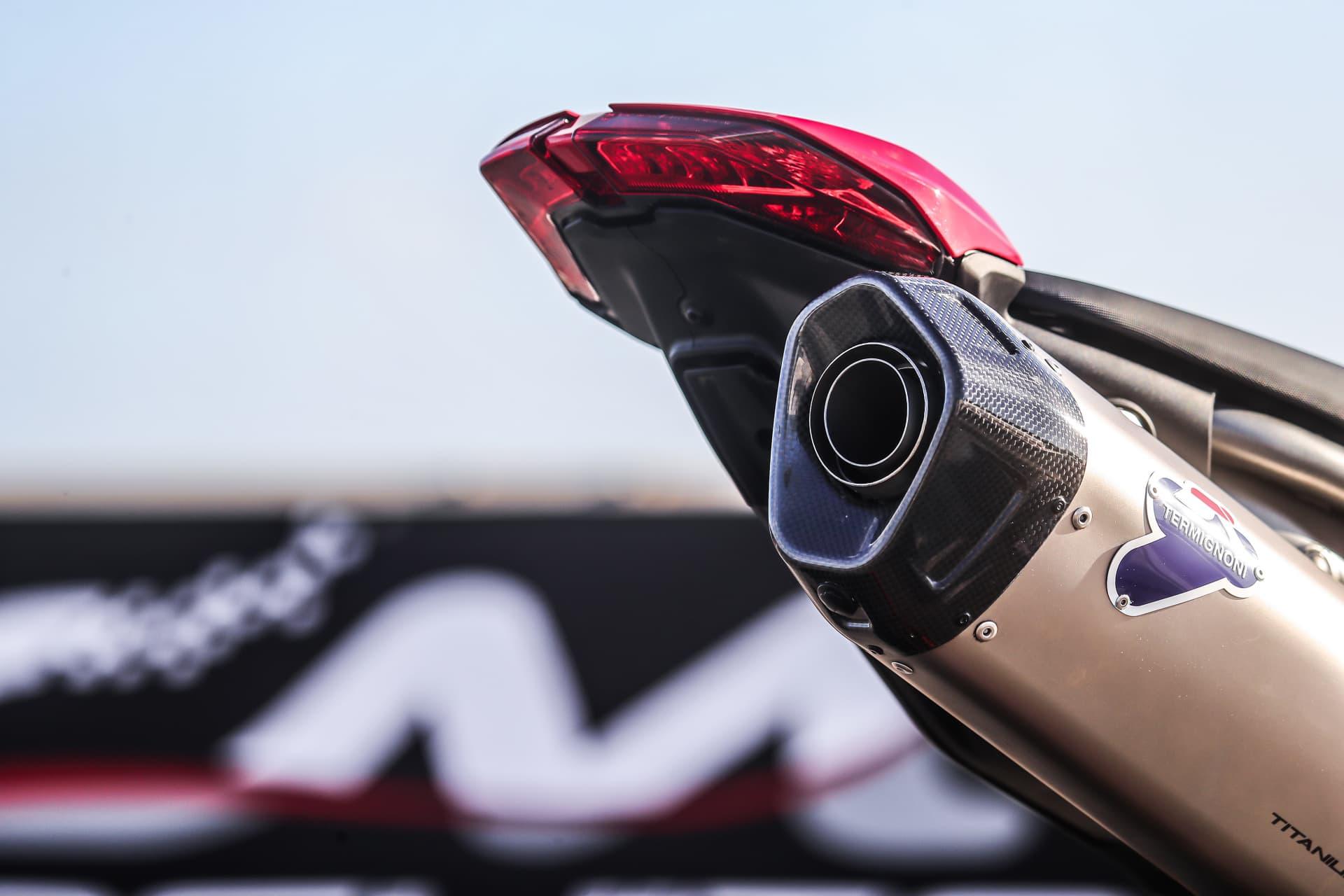 Ducati Hypermotard 950 Sp Static 26 Uc70326 Mid