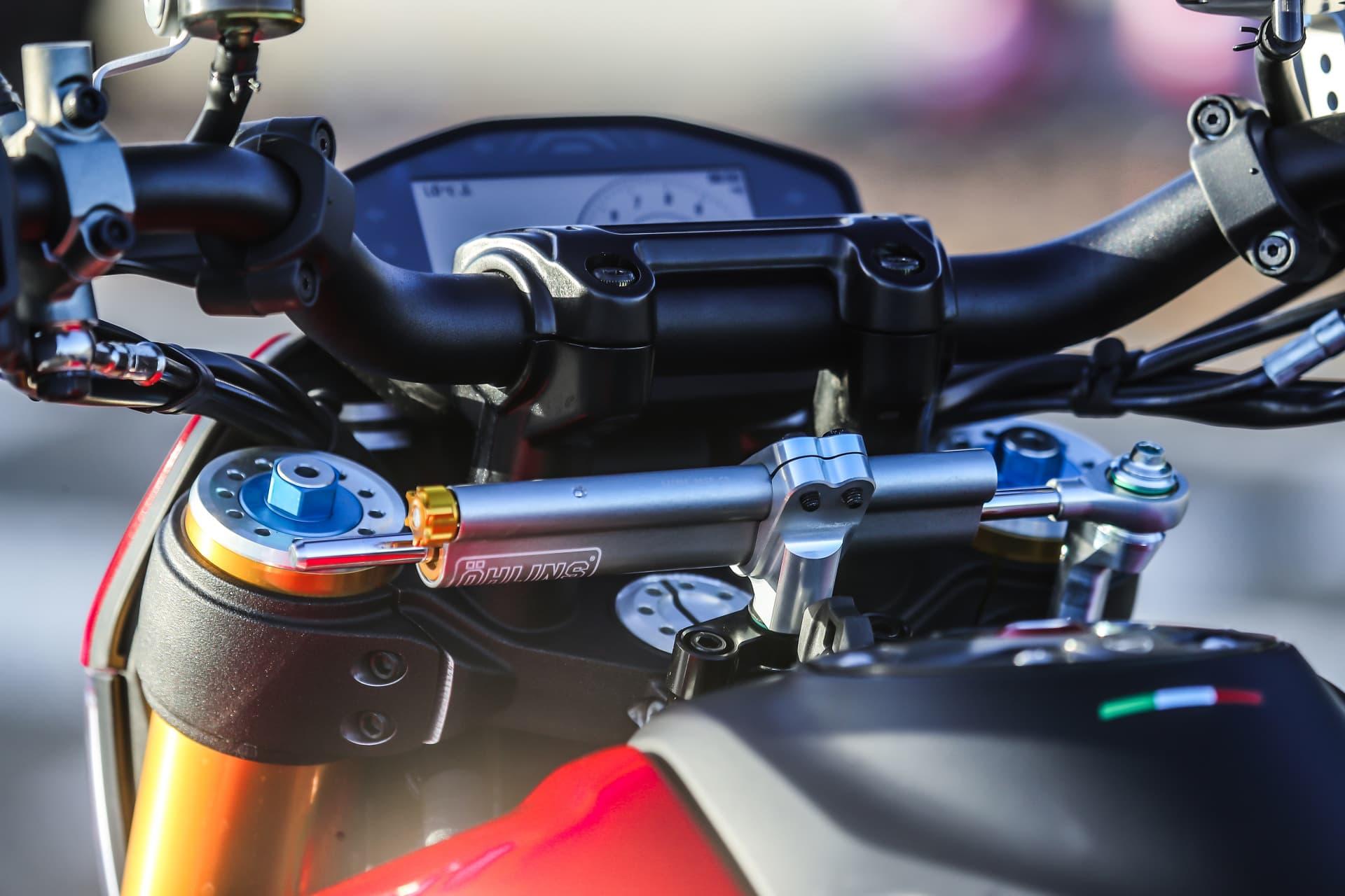Ducati Hypermotard 950 Sp Static 34 Uc70291 Mid