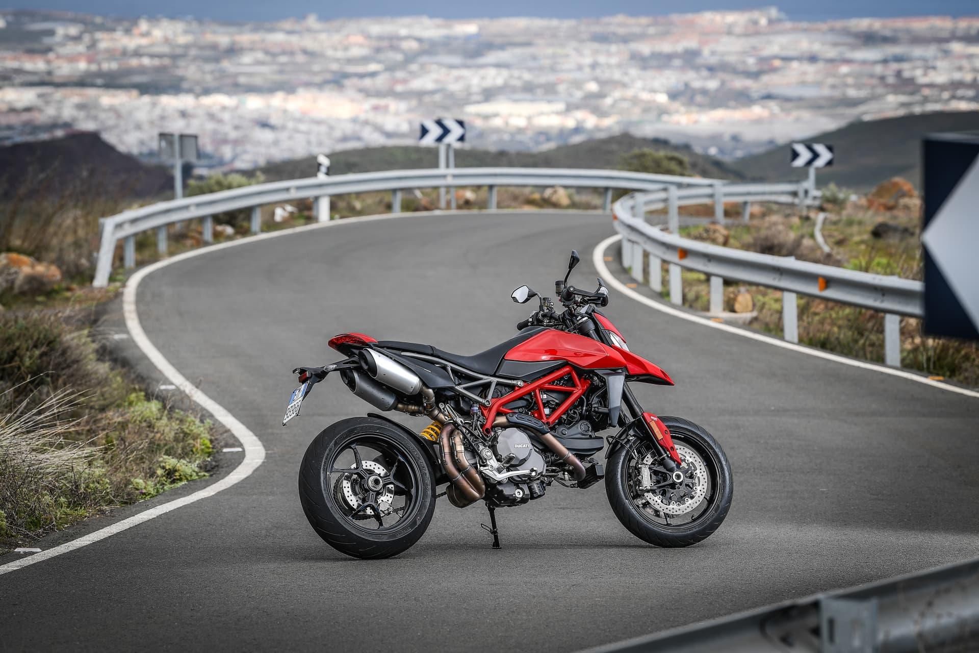Ducati Hypermotard 950 Static 02 Uc70264 Mid