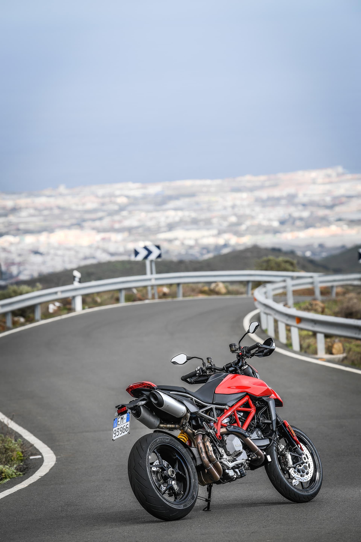 Ducati Hypermotard 950 Static 17 Uc70282 Mid