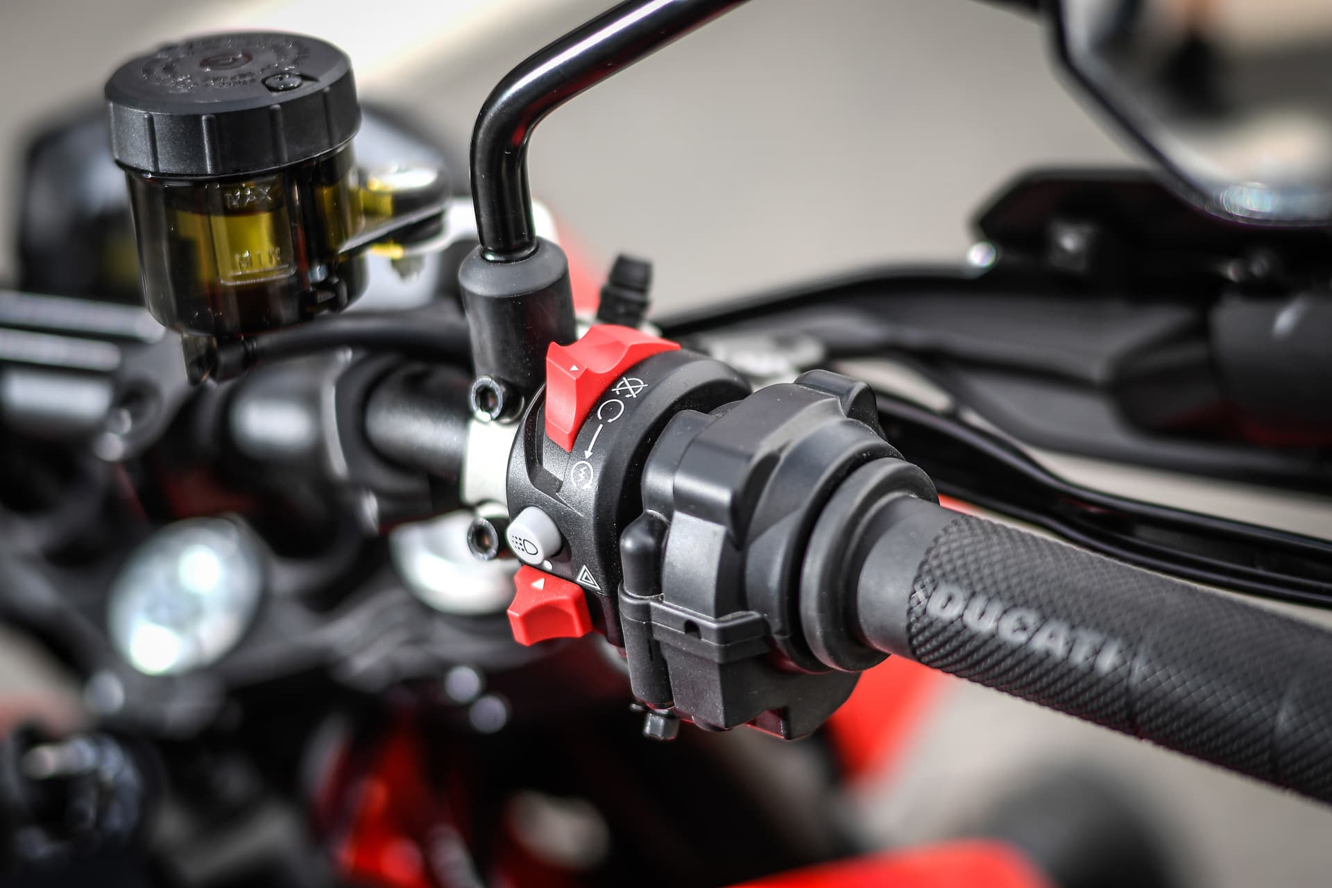 Ducati Hypermotard 950 Static 19 Uc70279 Mid