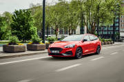 Ford Focus St Sportbreak 2019 01 thumbnail
