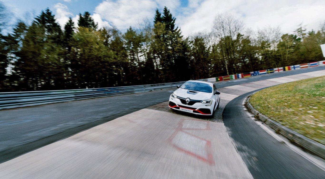 Renault Megane Rs Trophy R 2019 06