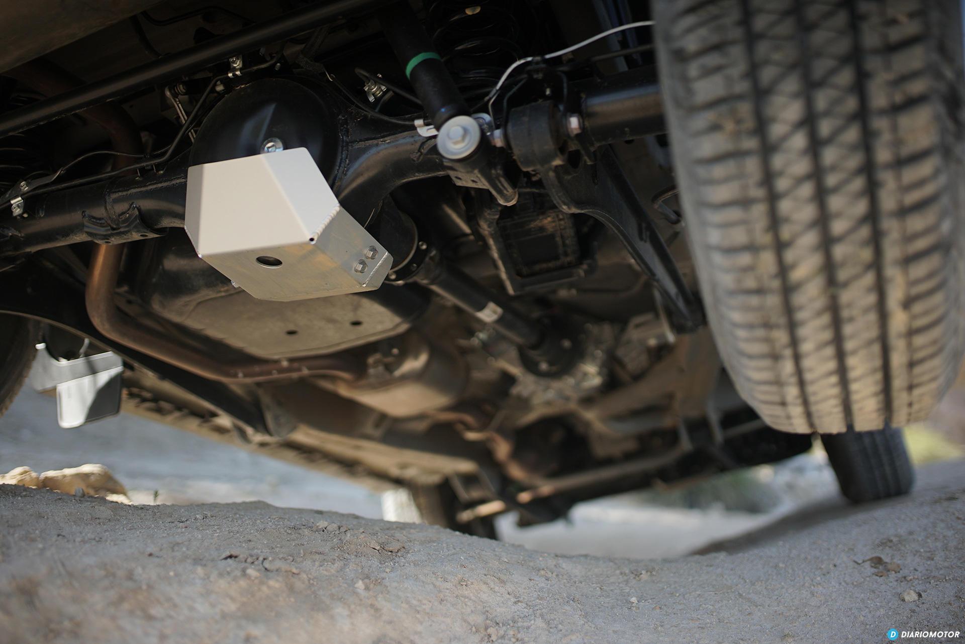 Suzuki Jimny Protector Diferencial 00009
