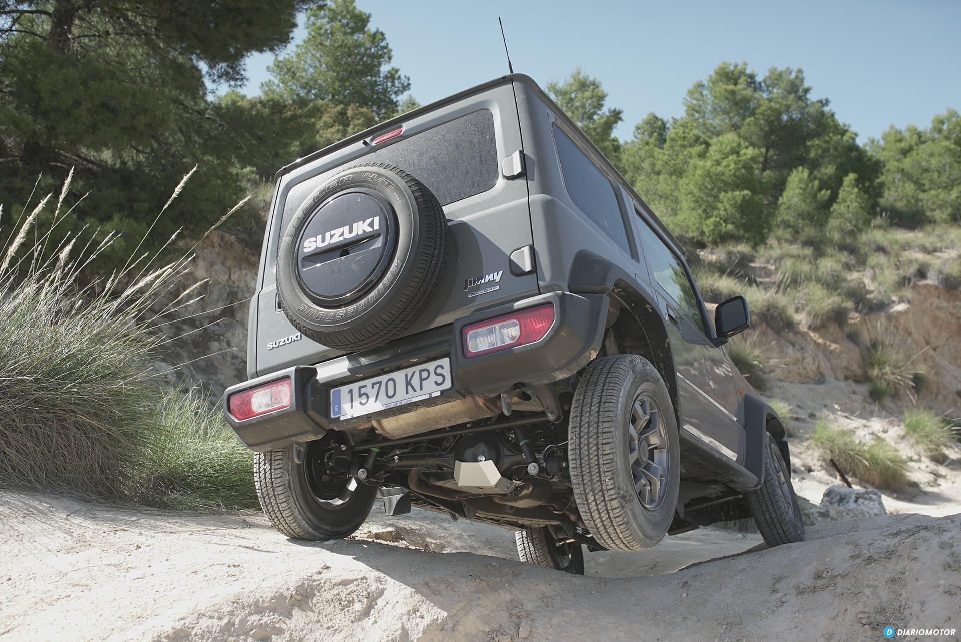 Suzuki Jimny Trasera 00003