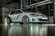 Volkswagen Golf Gti Aurora Estate Fighter 2019 01 thumbnail