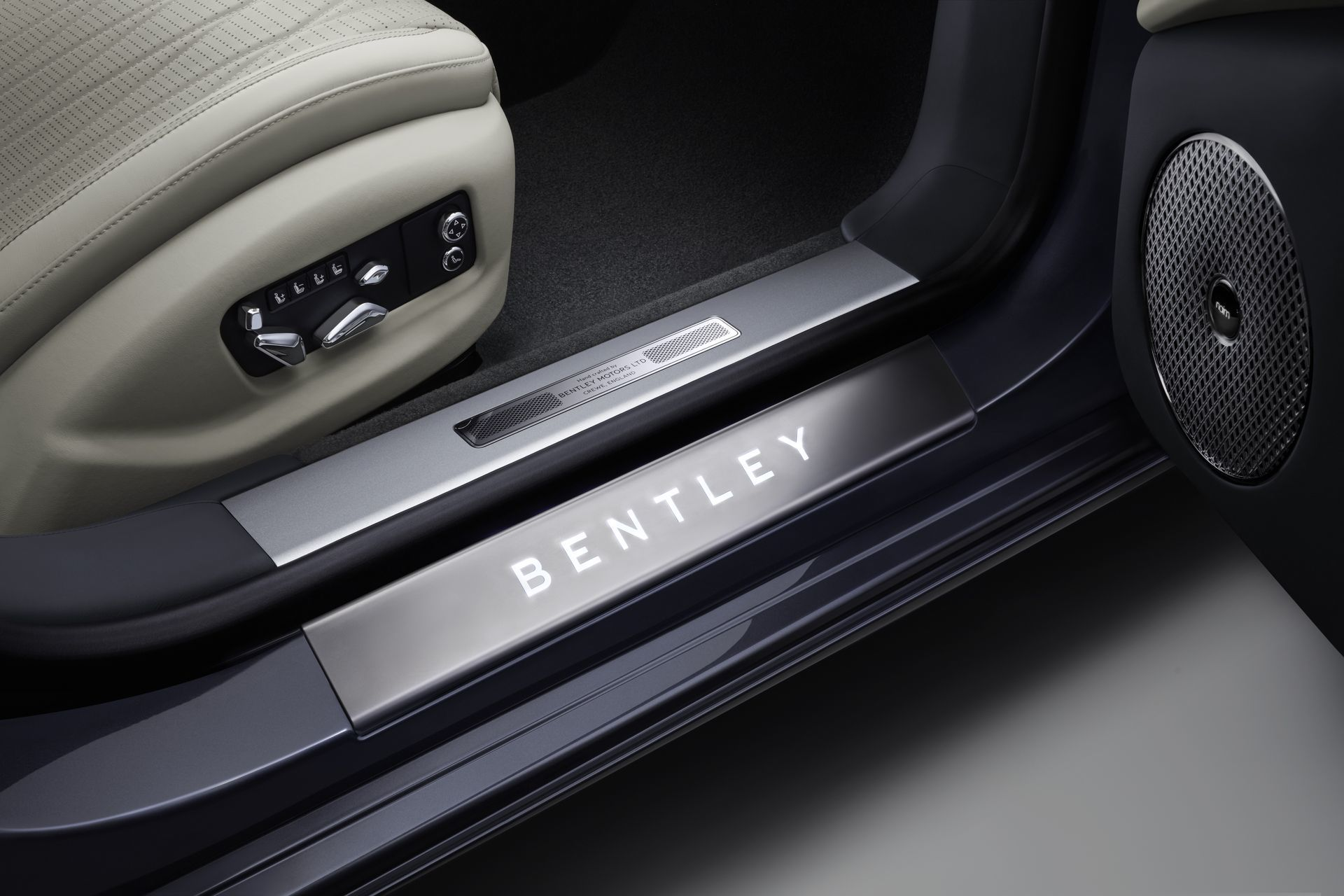 Bentley Continental Flying Spur 2019 13