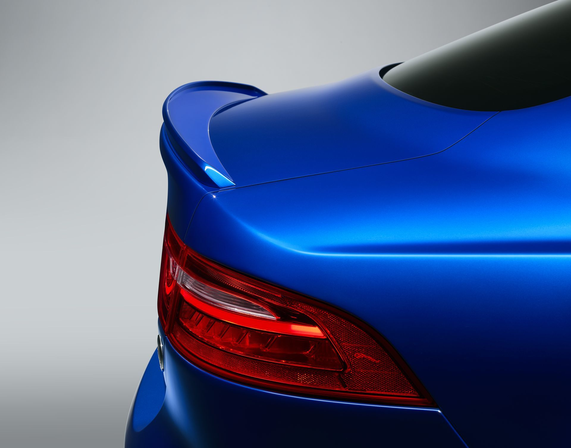 Jaguar Xe Project 8 Touring 3