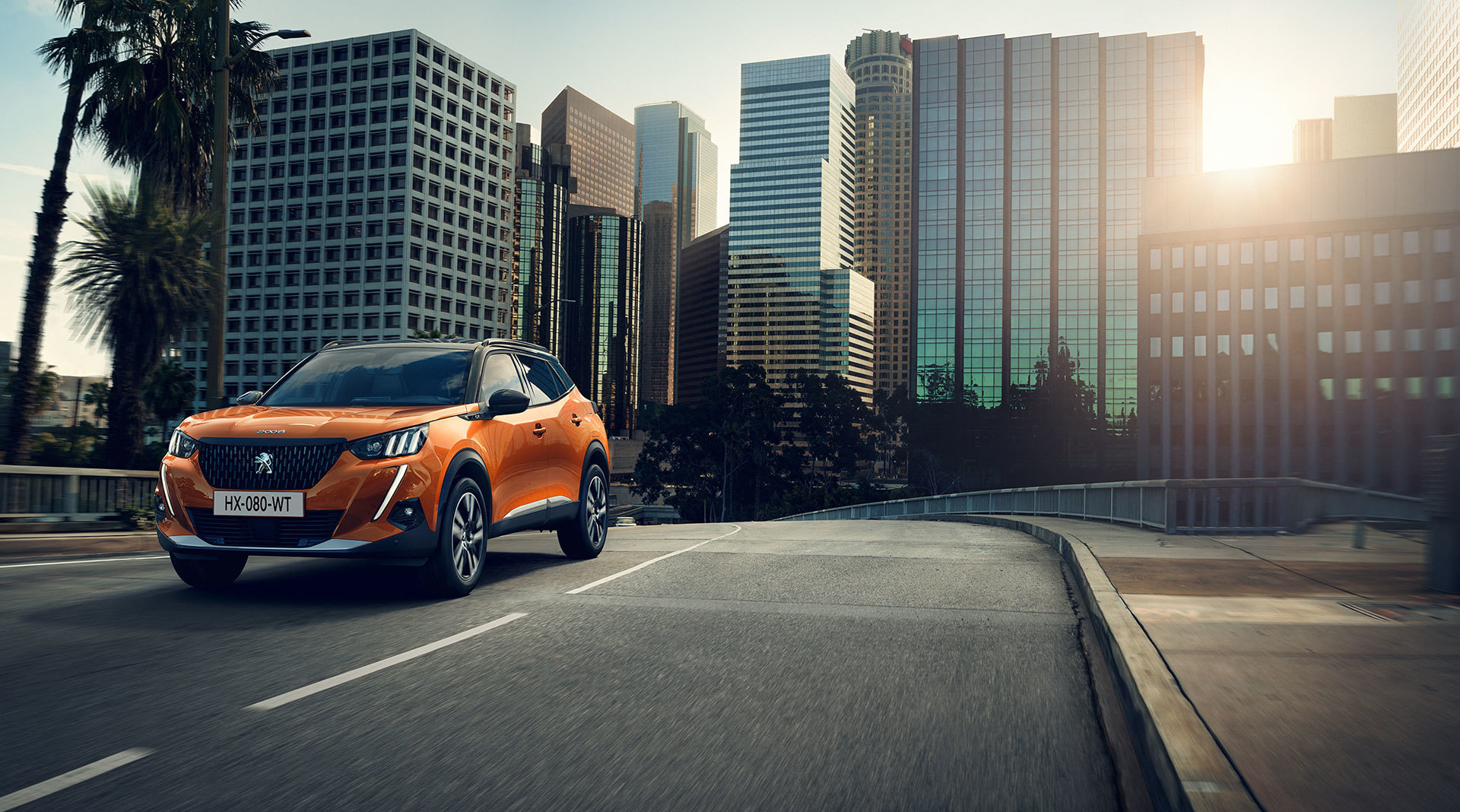 Peugeot 2008 Naranja 2019 01
