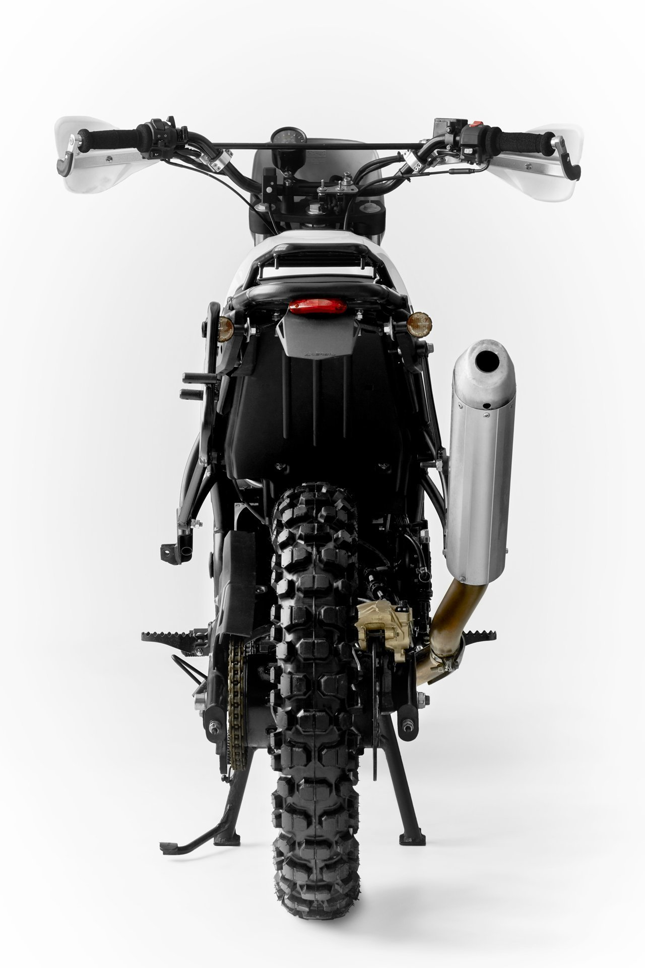Royal Enfield Fuel Modified Cafe Racer Dm 8