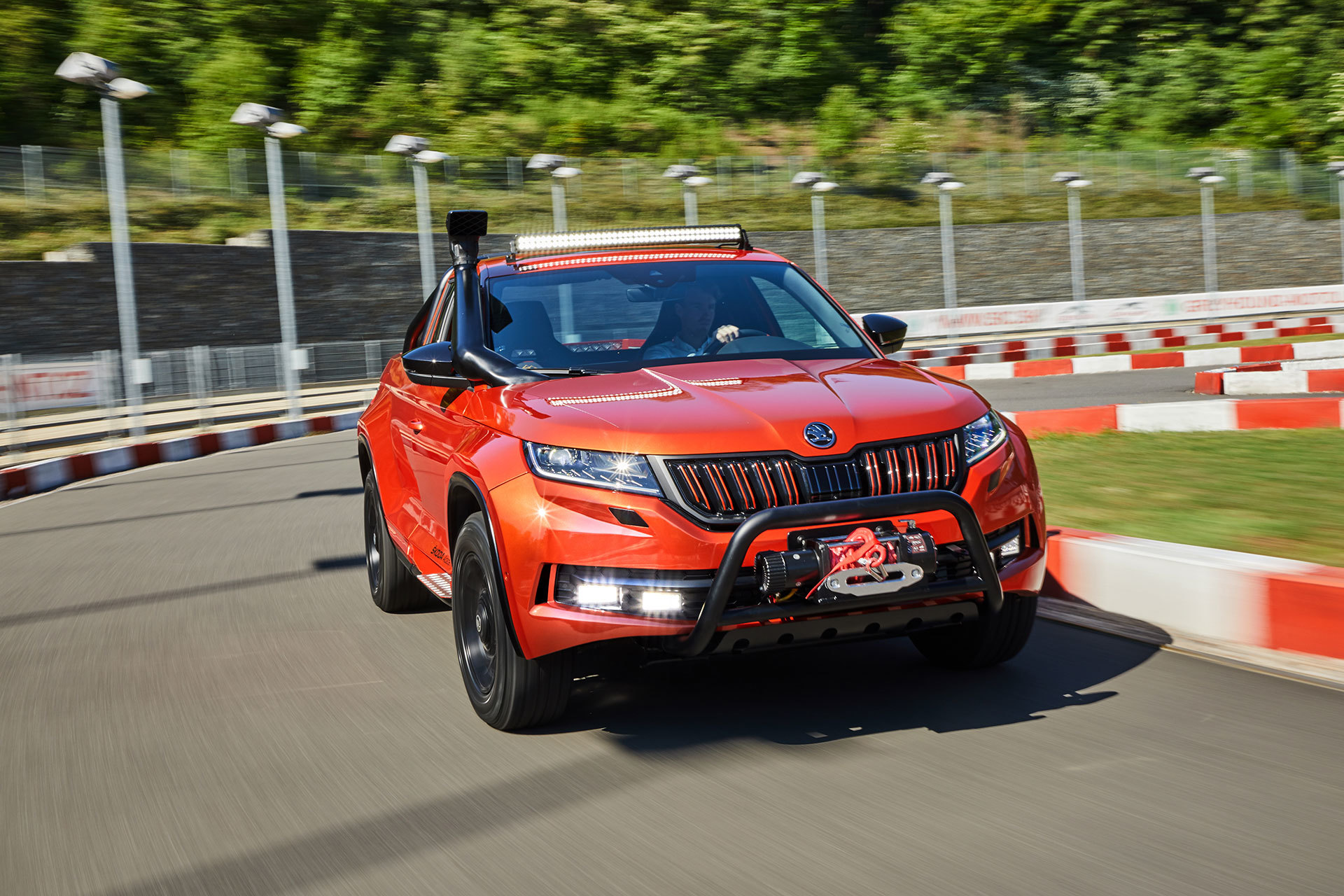 Skoda Mountiaq 2019 Movimiento 04