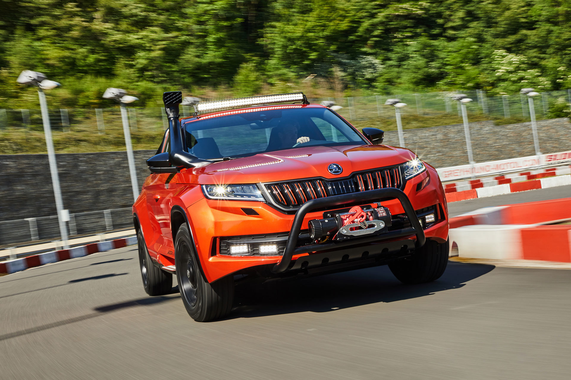 Skoda Mountiaq 2019 Movimiento 05