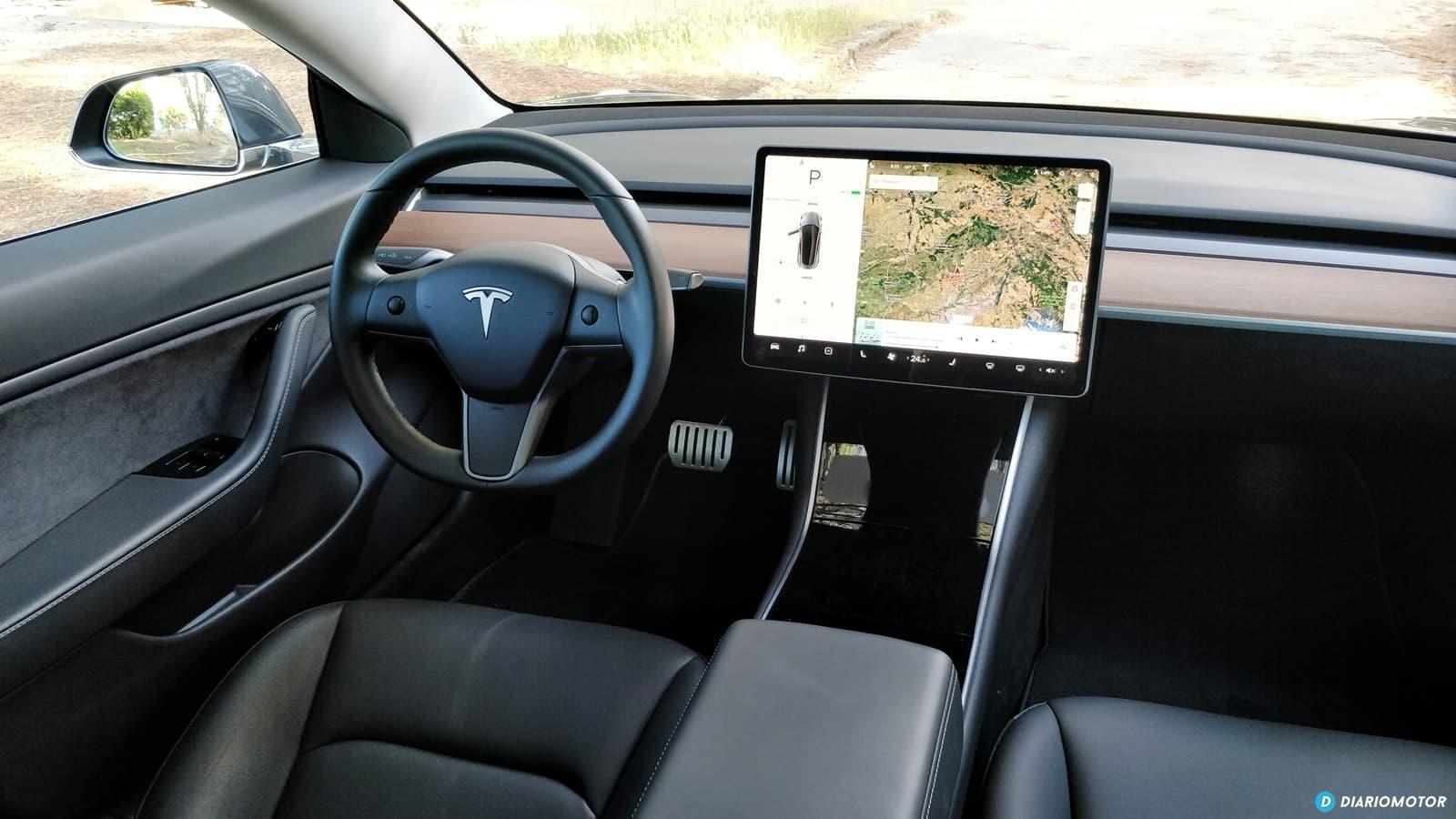 Tesla Model 3 Vs Alfa Romeo Giulia Quadrifoglio 0619 014