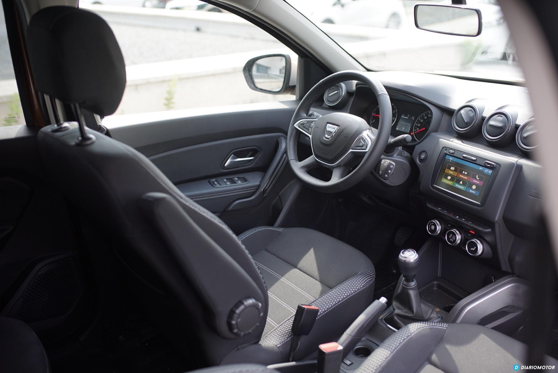 Dacia Duster Puesto Conduccion 01