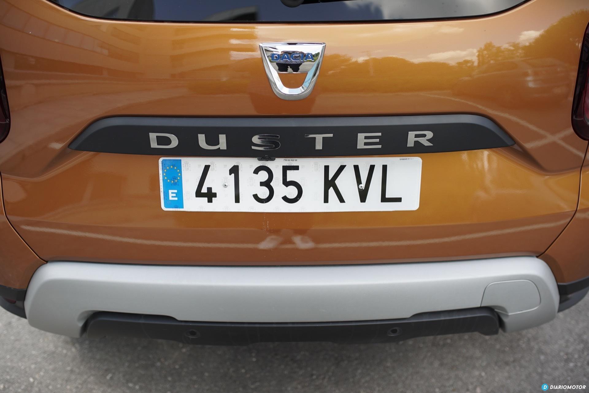 Dacia Duster Trasera 03