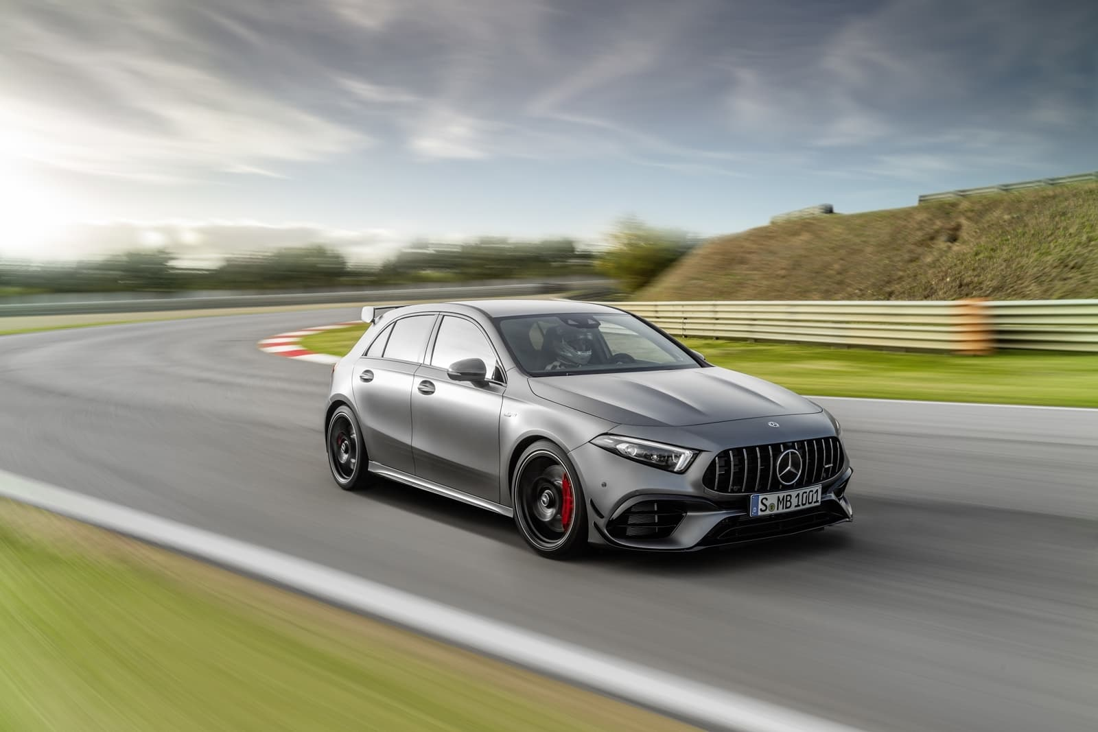 Mercedes Amg A 45 S 4matic+ (2019) Mercedes Amg A 45 S 4matic+ (2019)