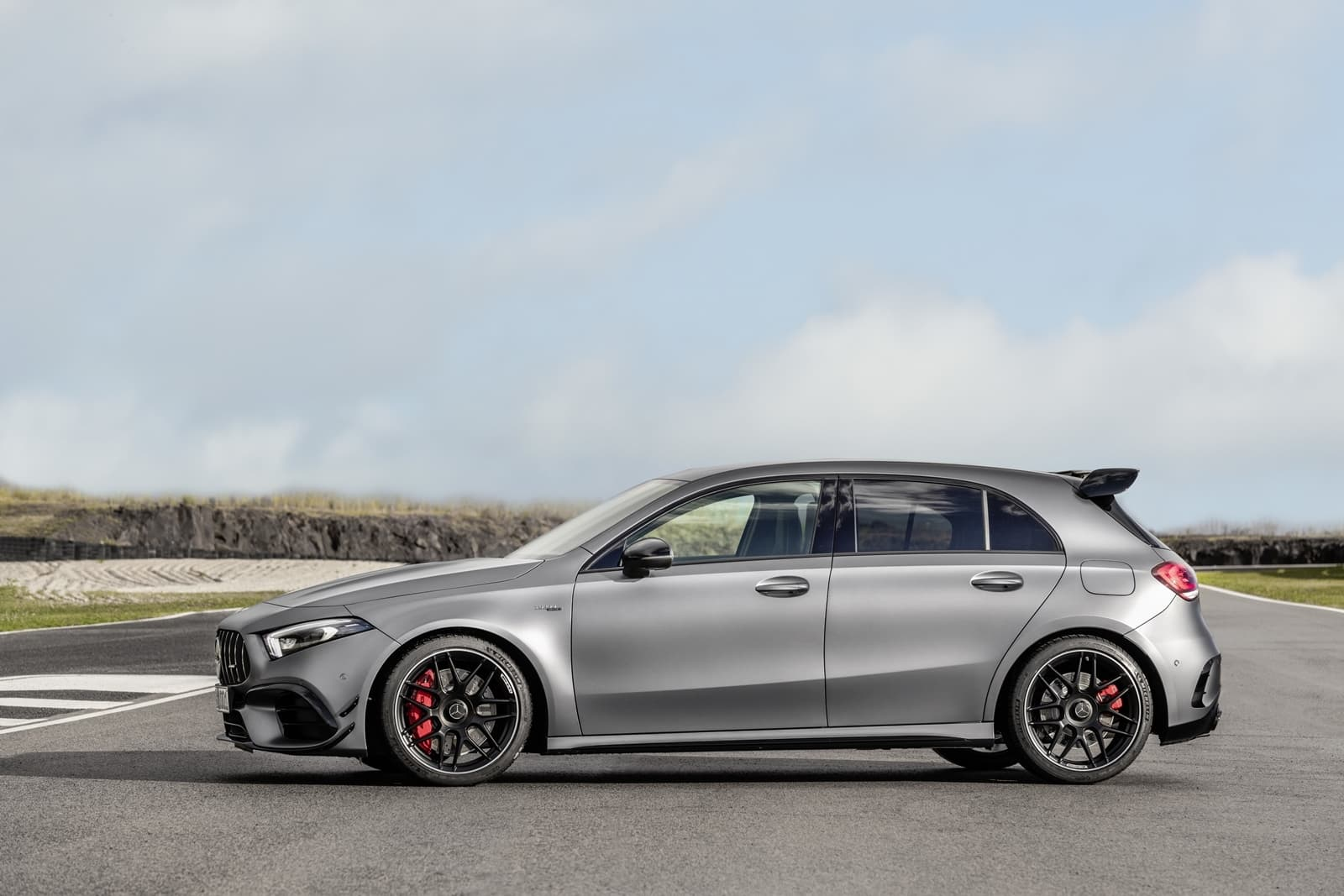 Mercedes Amg A 45 S 4matic+ (2019) Mercedes Amg A 45 S 4matic+ (2019)