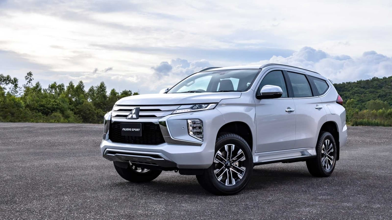 2021 Mitsubishi Montero Sport Review and Release date