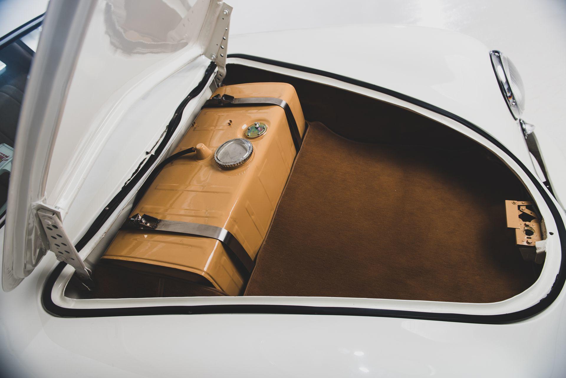 Porsche 356 Limusina 12