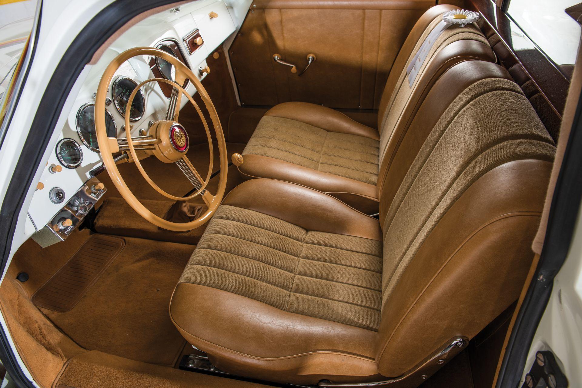 Porsche 356 Limusina 25