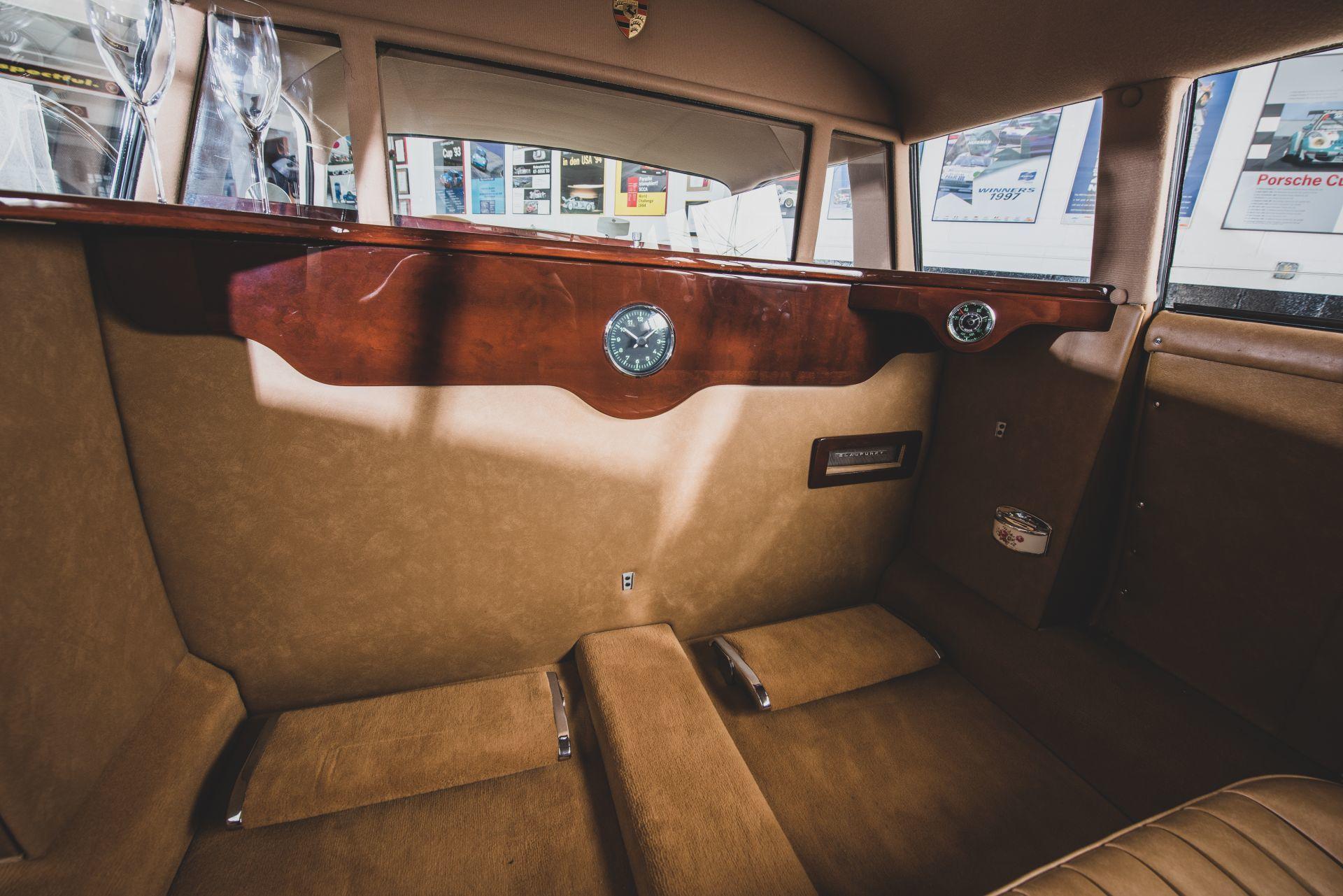 Porsche 356 Limusina 3