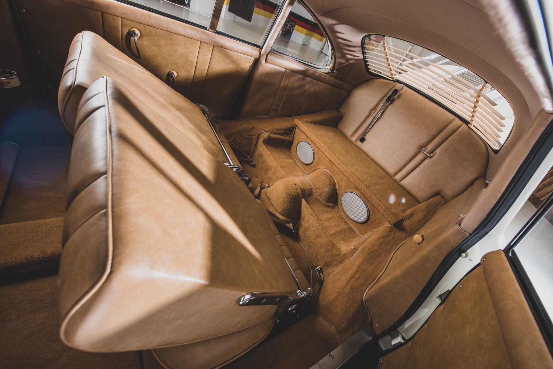 Porsche 356 Limusina 4